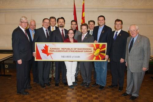 ОМД ја прославува повторно отворената канадско-македонска  парламентарната група за пријателство
